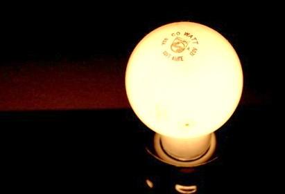incandescent_light_bulb.jpg